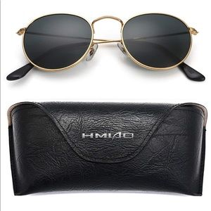 Gold round sunglasses with gold chain